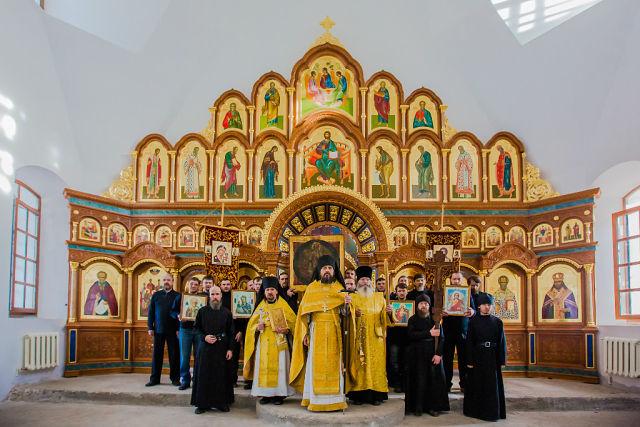 В реставрируемом Свято-Никольском храме. 2014