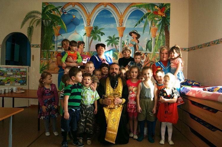 Пребывание мощей в детском саду. Старое Татаурово